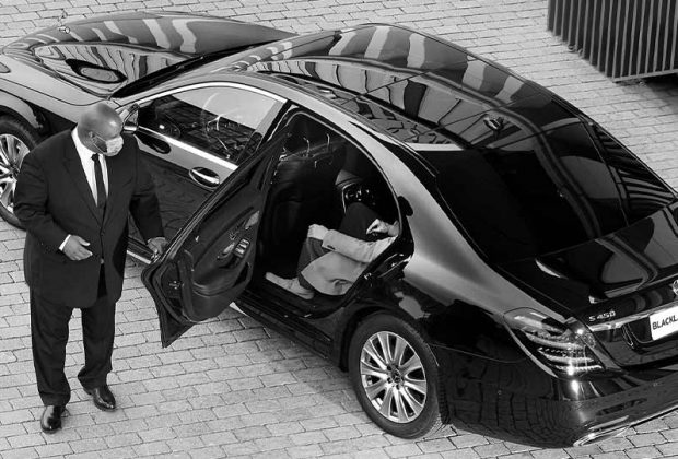 Reasons Why That Compels You to Hire Chauffeur Services